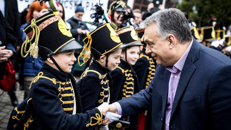 A Nemzeti Választási Bizottság megbírságolta Orbán Viktort