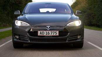 Jön a Tesla legnagyobb visszahívása