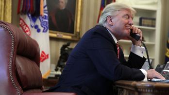 Trump telefonon fenyítette be Putyint, szerinte az USA nyerne egy fegyverkezési versenyt
