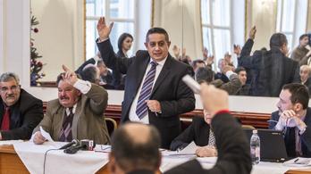 MNO: Választási csalást szervezett az ORÖ vezetője