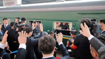 Így néz ki belülről Kim Dzsongun páncélvonata