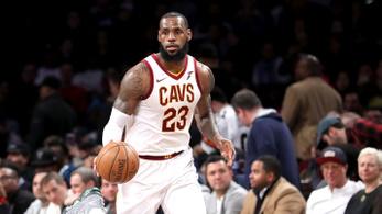 LeBron James elvette Jordan egyik fontos rekordját