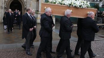 76 harangütéssel vettek búcsút Stephen Hawkingtól Cambridge-ben