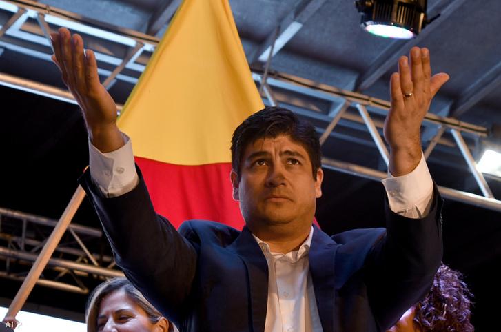 Carlos Alvarado San Joséban ünnepelte a győzelmet