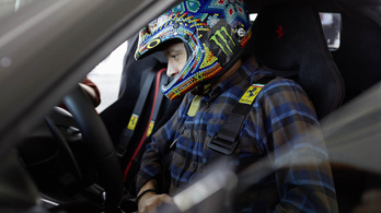Valentino Rossi játszani hívta Pistát