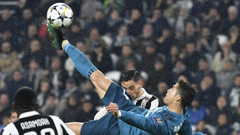 BL: Ronaldo rekordjával és ollójával büntette a Juventust
