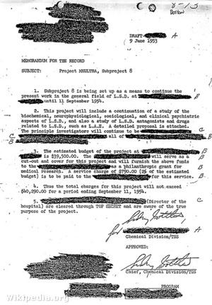 Sidney Gottlieb amerikai kémikus aláírásával ellátott dokumentum az MKUltra programról
