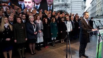 Jobbik-támogathatóság, kikezdhető orbáni rend a hetilapok vezércikkeiben