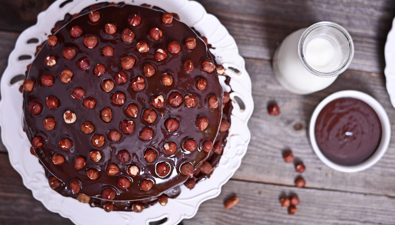 Mennyei, csupa csoki torta mogyoróval: előző nap is elkészítheted