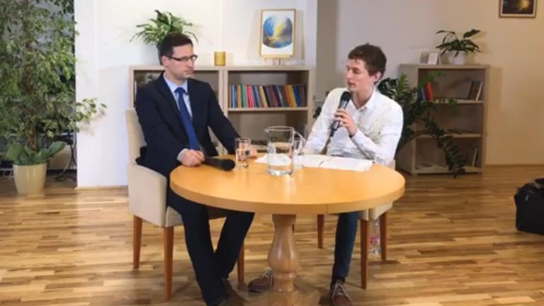 A Fidesz frakcióvezetője és a Momentum jelöltje tegeződve szidta Gyurcsányt