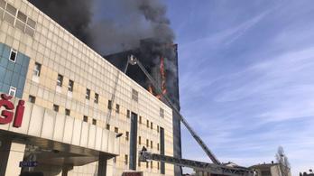 Tűz volt egy isztambuli kórházban