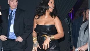Rihanna körbemutogatta a dekoltázsát és a combjait Milánóban