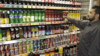 Életbe lépett a brit adó a cukrozott üdítőkre