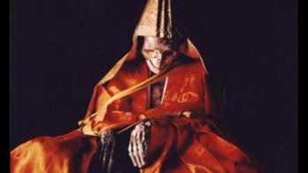 A japán szerzetesek, akik élve mumifikálták magukat