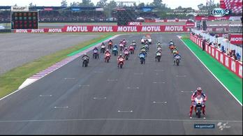 Marquez kiütötte Rossit a bizarr Argentin GP-n