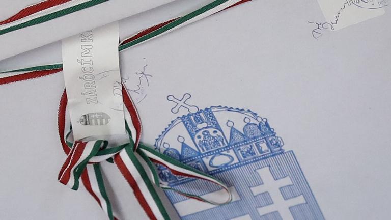 Sok volt az ellenzéki átszavazás, különben még jobban nyert volna a Fidesz