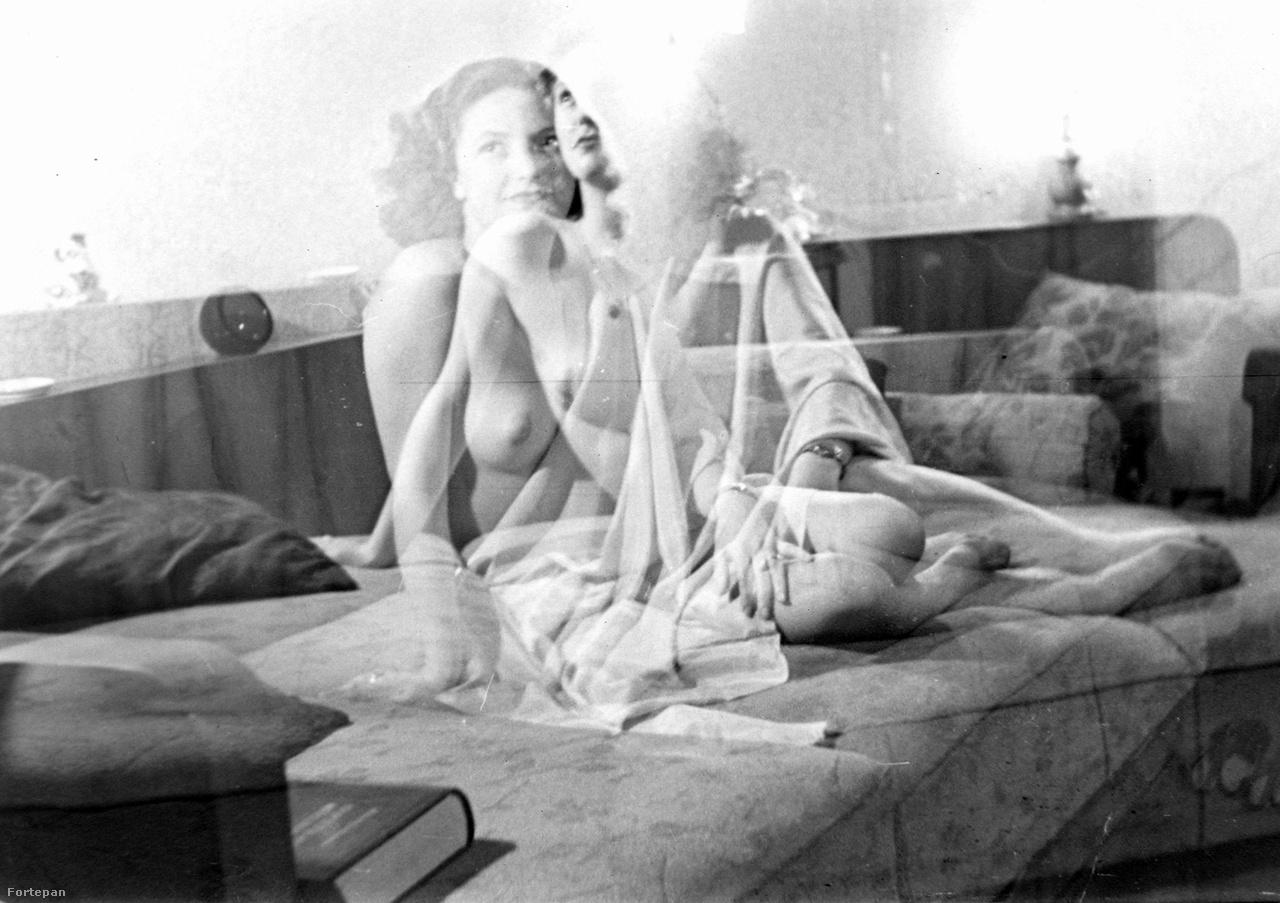 Az utolsó képünk egy erotikus próbálkozás 1950-ből, ami szerintem jobb lett, mint amire számított a fotós. A két mozzanatból lejön, ahogy a kissé szégyenlős díva próbálja a legmegfelelőbb arckifejezést megtalálni rejtett bájai felfedéséhez. Mindkét képen ugyanabba az irányba néz, a fotós ezt tarthatta a legszexibb tekintetnek, amitől esetleg elgondolkozunk, vajon miről álmodozik a nő. Magam előtt látom a jelenetet, ahogy a kíváncsi fotós meggyőzte a nőt, hogy ezeket a képeket soha senki nem fogja látni rajtuk kívül, a nő elhitte, ezért bátran megmutatta egyik keblét. Végül mégis az interneten kötött ki a kettős expozíció kedvelői miatt, remélem, nem bánja.