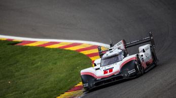 Le Mans-i hibrid verte Hamilton pályacsúcsát Spában
