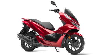0,5 lóerővel erősebb lett a Honda PCX125