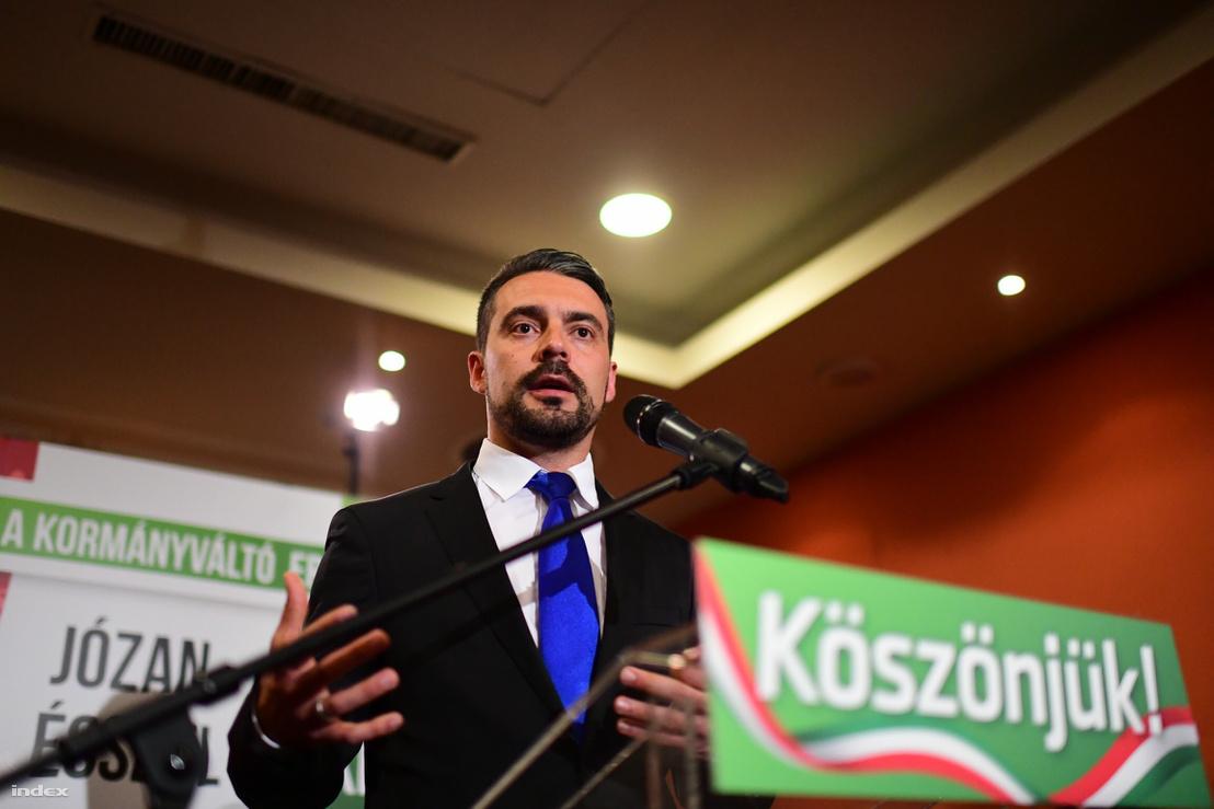 Vona Gábor bejelenti a lemondását 2018. április 9-én