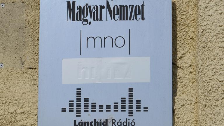 Megszűnik a Magyar Nemzet, elhallgat a Lánchíd Rádió