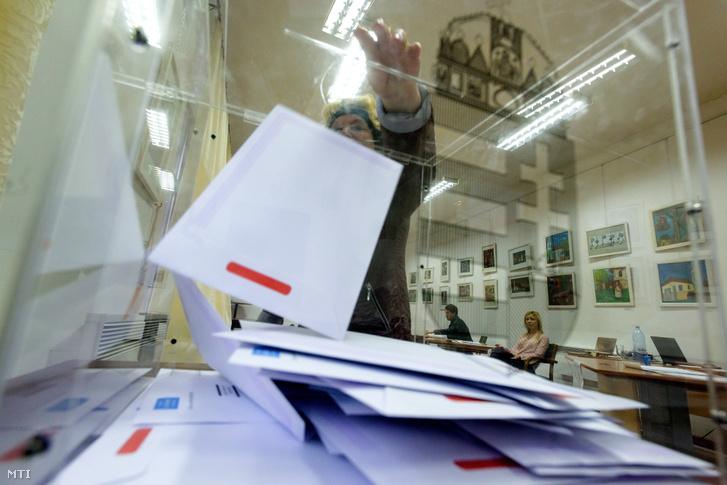 Levélszavazat a kolozsvári főkonzulátuson