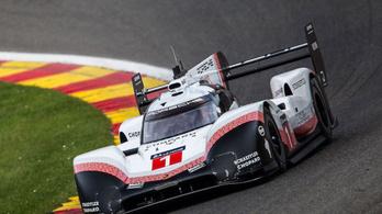 Pokoli gyors az utolsó utáni verseny-Porsche