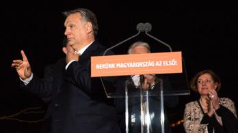 FAZ: Magyarország nem diktatúra, Orbán legitim vezető
