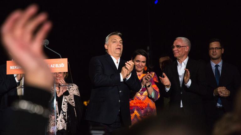 Legalizálástól médiaháborúig: 10 dolog, amire Orbánék készülhetnek