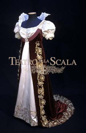 Renata Tebaldinak az 1953/54-es évadban játszott Anyeginben viselt kosztümje, ahol Tatjana szerepét énekelte.