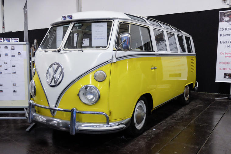 Volkswagen Transporter 1 Samba (1967), Esseni ár: 69 000 euró/21,4 millió forint.Katalógusár: 87 000 euró/27 millió  forint.Állapot: kicsit használt, nem tökéletes, de szép, 21 ablakos