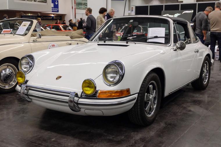 Porsche 911 Targa (1970), Esseni ár: 74 900 euró/23,2 millió forint.Katalógusár: 80 000 euró/24,8 millió forint.Állapot: kaliforniai megmaradt, rozsdamentes, egyszer átfényezett