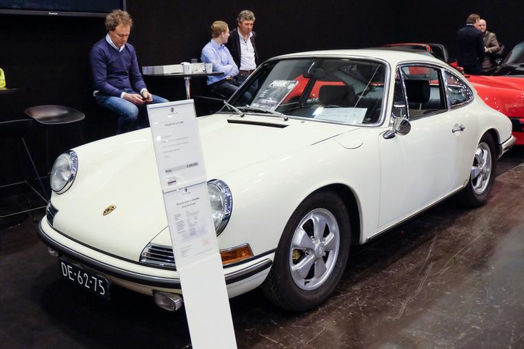 Porsche 911 2.0 S (1967), Esseni ár: 259 500 euró/80,4 millió forint.Katalógusár: 210 000 euró/65,1 millió forint.Állapot: teljesen restaurált