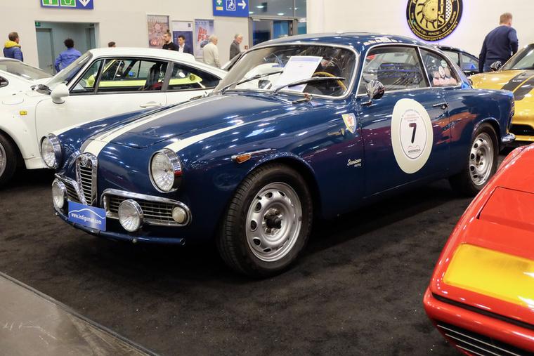 Alfa Romeo Giulietta Sprint 1600 (1961), Esseni ár: 59 900 euró/18,6 millió forint.Katalógusár: 71 400 euró/22,1 millió forint.Állapot: hétszeres Monte Carlo Historic-szereplő, versenykész