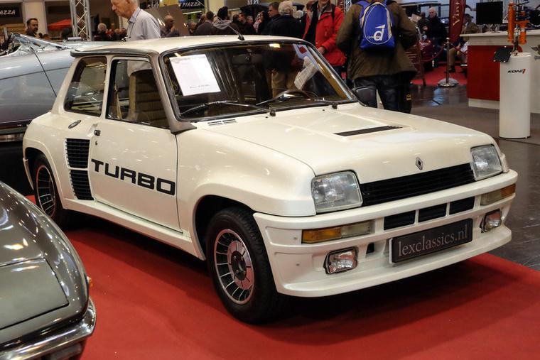 Renault 5 Turbo 1 (1982), Esseni ár: 115 000 euró/35,7 millió forint.Katalógusár: 80 000 euró/248 millió forint.Állapot: 38 683 km, motor már generálozva, autó kiváló
