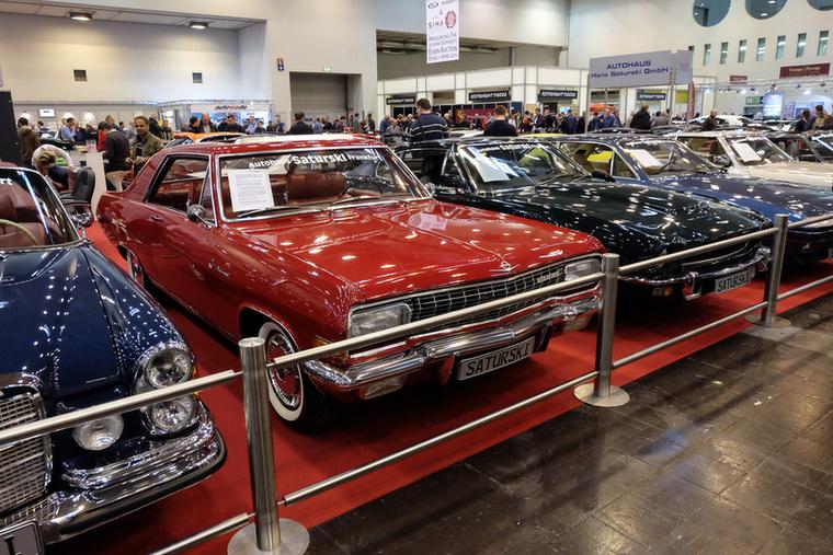 Opel Diplomat V8 Coupé (1966), Esseni ár: 158 000 euró/48,9 millió forint.Katalógusár: 29 500 euró/9,15 millió forint.Állapot: szép