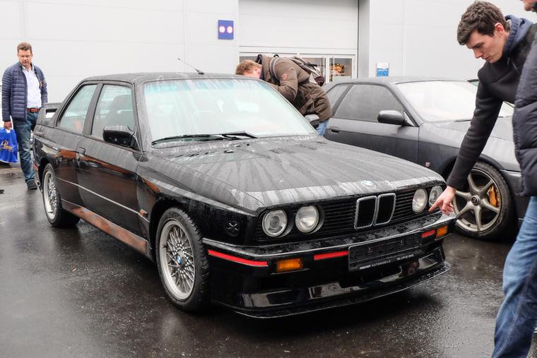 BMW E30 M3 Evo III (1990), Esseni ár: 119 500 euró/37 millió forint.Katalógusár: 115 000 euró/35,7 millió forint.Állapot: megmaradt állapot