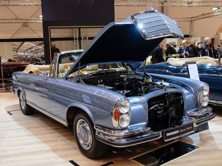 Mercedes-Benz 280 SE Cabrio 3.5 (1971), Esseni ár: 495 000 euró/153,5 millió forint.Katalógusár: 370 000 euró/114,7 millió forint.Állapot: tökéletes