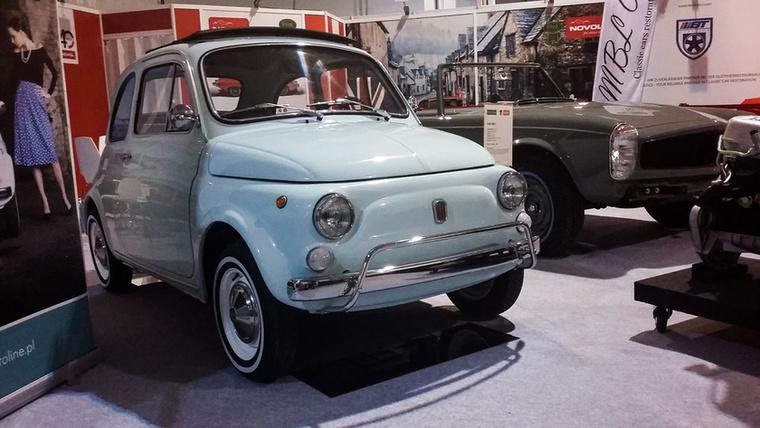 Fiat 500F (1971), Esseni ár: 20 000 euró/6,2 millió forint.Katalógusár: 13 100 euró/4,1 millió forint.Állapot: tökéletesre restaurált