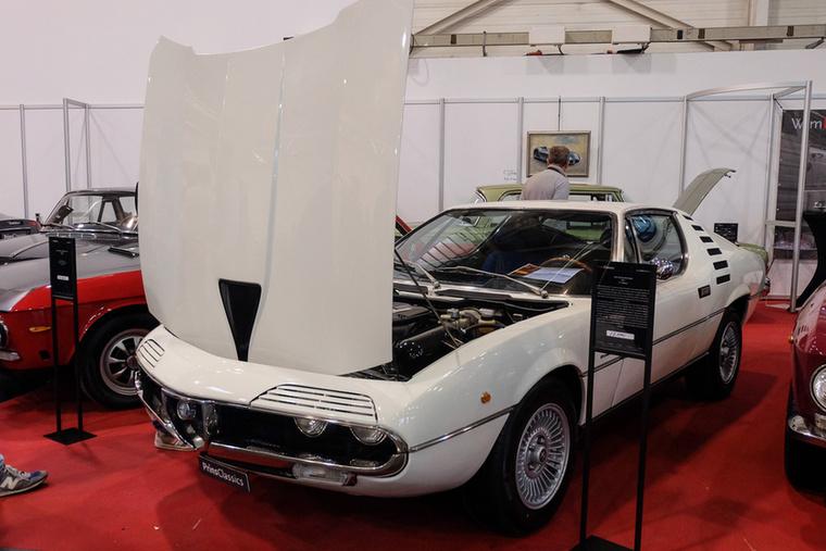 Alfa Romeo Montreal (1971), Esseni ár: 77 500 euró/24 millió forint.Katalógusár: 75 000 euró/23,2 millió forint.Állapot: szép