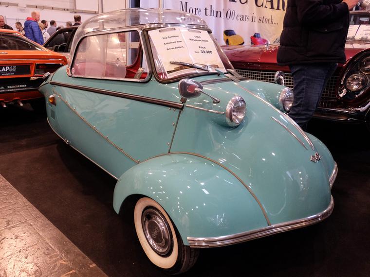 Messerschmitt KR200 (1960), Esseni ár: 39 900 euró/12,4 millió forint.Katalógusár: 30 200 euró/9,4 millió forint.Állapot: szép