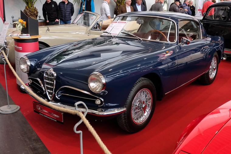 Alfa Romeo 1900C Super Sprint (1957), Esseni ár: 325 000 euró/100,8 millió forint.Katalógusár: 250 000 euró/77,5 millió forint.Állapot: restaurált, tökéletes