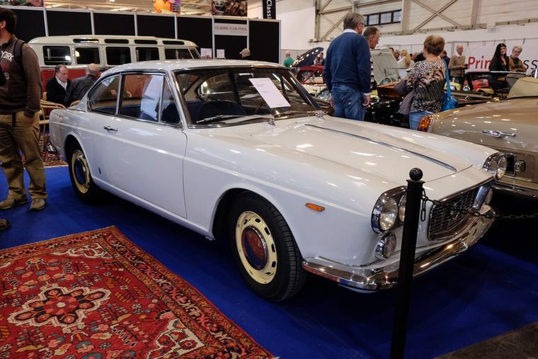 Lancia Flavia 1800 Coupé (1963), Esseni ár: 24 500 euró/7,6 millió forint.Katalógusár: 27 500 euró/8,5 millió forint.Állapot: szép