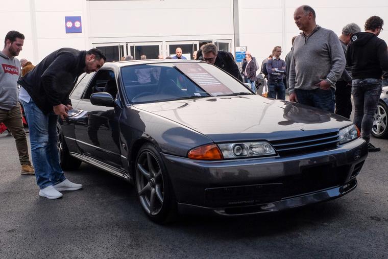 Nissan Skyline GTR R32 (1994), Esseni ár: 35 000 euró/10,9 millió forint.Állapot: kis tuning, de hibátlannal látszik