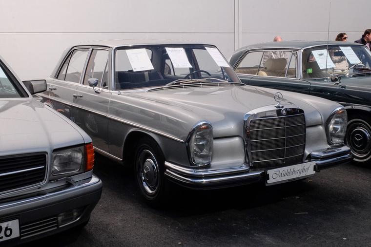 Mercedes-Benz 250 SE (1967), Esseni ár: 59 980 euró/18,6 millió forint.Katalógusár: 30 700 euró/9,5 millió forint.Állapot: 34 500 km, restaurált