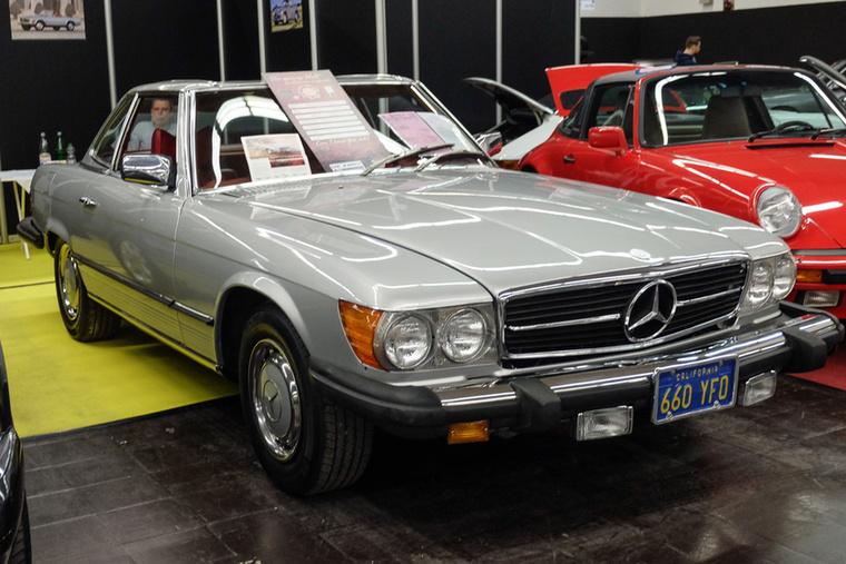 Mercedes-Benz 450 SL (1979), Esseni ár: 26 500 euró/8,2 millió forint.Katalógusár: 19 800 euró/6,1 millió forint.Állapot: szépecske, de azért nem igazán szép, ráadásul amerikai kivitel