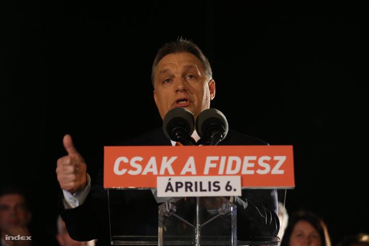 Orbán győzelmi beszédet mond 2014-ben