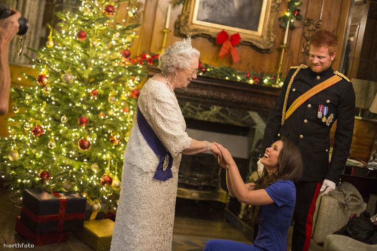 Azért is jó, hogy Alison Jackson elkészítette ezeket a fotókat, mert hivatalos közös képet még nem is lőttek Meghan Markle-ről és a királynőről.
