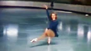 Hihetetlen a spicc-cipőben jégtáncoló nő látványa