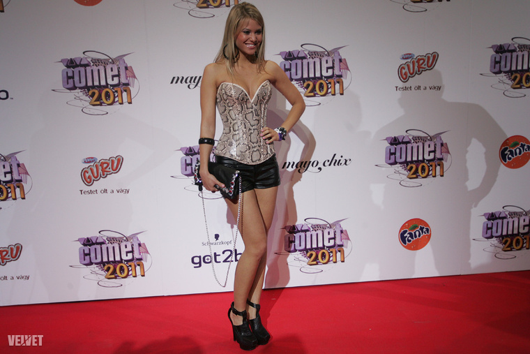 Ez egy 2011-es fotó Bertók Marianna Mayáról, aki annak idején modell és szépségversenyző volt, de most fitneszversenyen indult
